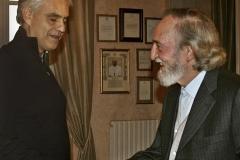Übergabe des Kunst-, Wissenschafts- und Friedenspreises an Andrea Bocelli