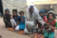Brunnen und Dörfer in Sinai (Ägypten): eine Familie